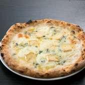 4種のチーズが合わさって、濃厚な味わいに