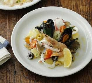 当日おすすめの「東海の食材」を紹介中