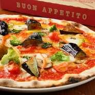 東海エリアの食材を贅沢に使用するイタリア料理店。具沢山のピザ全7種が、お得なテイクアウト限定価格で楽しめます!