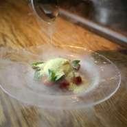 5種類の生ハムと6種類のチーズを食べ比べ♪お好きなワインやお酒のお共にいかが?(贅沢な盛り合わせです)