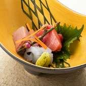 美味しい料理で二人の距離も近づくハズ