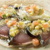 旬を五感で楽しむ季節限定メニュー『カツオと夏野菜のカルパッチョ』