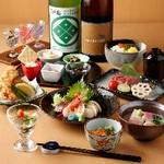 酒肴10種盛りを含む酒飲みの為の特別会席。  様々な日本酒やその他お飲み物とともにお楽しみください。