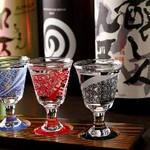 日本酒との相性も抜群の旬会席。 バランスの良い料理構成で銘々盛りでご提供。ご接待にもオススメです。