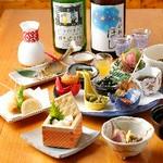 ソムリエ厳選日本酒10種&酒肴10種盛付きプラン!10×10=100通りの料理と日本酒の組合せをお楽しみ下さい。