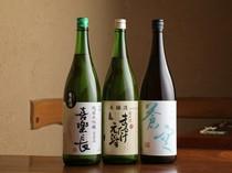店主自らが選びぬいた、京都の地酒や日本酒など、全国の銘酒