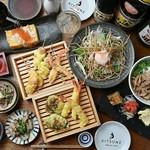 目の前で揚げたての天ぷらを楽しめる