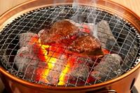 肉肉しさを楽しむ『名物ひうちの厚切りタン』