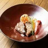 口の中でとろけてなくなる『ガチで溶ける!! 最高級の牛トロ寿司(一貫)』