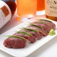 注目度No.1!メディアで大注目の炙り肉寿司が食べ放題で◎自慢のお肉を使用した自慢の逸品をご堪能ください!鮮度抜群の食材で作るお料理の数々は味良し、見栄え良しの自慢の逸品です!