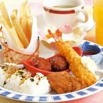 天ぷら・茶碗蒸し付 2618円/上天ぷら・季節前菜・茶碗蒸し付 3278円