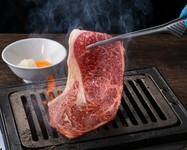 シャトーブリアンの外側でより赤身に近いお肉。女性に人気でとても柔らかく赤身のお肉をお楽しみ頂けます。