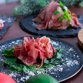 肉の旨みを一口で味わう特選肉の『う肉寿司(ニ貫)』