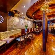 全国店舗デザインコンクールのレストラン部門で銀賞を受賞したお洒落な店内は、少人数の結婚式や披露宴にもピッタリ。アットホームなパーティーが実施できます。