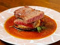 ジューシーな肉の旨みとやわらかな食感『サーロインステーキ』