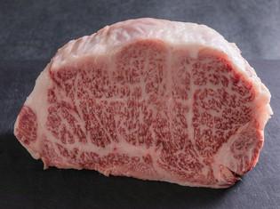 最上級の宮崎牛を中心に、A5ランク限定の厳選された国産和牛