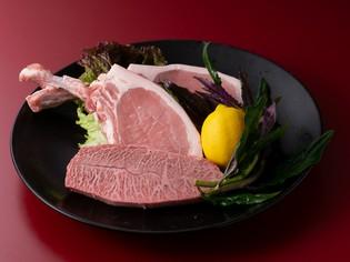 各地から厳選した『本日のお肉』は、好みの味をリクエスト可能