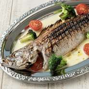 入荷したてのお魚を鮮度そのままグリルにしました。 仕入状況により、お魚が変わります。