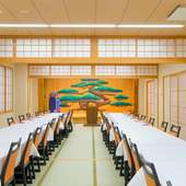 さまざまなイベントや100名以上の宴席にも対応できる大広間