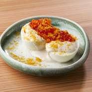 ゆで卵、イクラ、カラスミ 3つの卵とアンチョビマヨネーズ