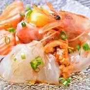 その日の新鮮な魚介を使用した絶品カルパッチョ! 前菜にもぜひ。