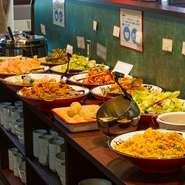 「肉」や「海鮮」といった素材はもちろん、本場中国から取り寄せた「香辛料」や「調味料」を使用。「野菜」も新鮮で、食感の良いものにこだわっています。