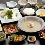 新鮮な馬肉を厳選。臭みのないしっとりとした肉質、甘味のある味わいは絶品です。