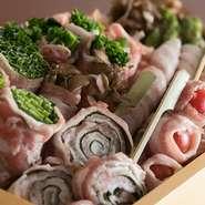 九州うまかもん居酒屋エビスでは、お酒とよく合うバリうま九州料理が充実。 九州が誇る贅沢な食材をお手頃な価格でお客様へ。 全国の日本酒・焼酎なども豊富に取りそろえております。