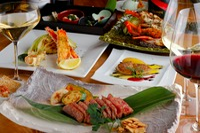 メインとして海鮮と肉が1種類ずつ付いており、前菜盛合せ・サラダ・デザートまで【円居】の良さを一通り楽しめます。特別な日にぜひ。予約がオススメです。 ※写真はチョイスの品が両方入っています。
