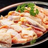 もっちりやわらかで、味わい豊かな三重のブランド鶏『「うましどり」の盛り合わせ』