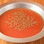 トマトの酸味が程よく残りつつ、しっかりとした味わいに仕上がっています。