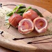 マスカルポーネとトマトの生ハム包み