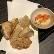 揚げ物だけど何個でも食べられる、さっぱり仕立てのほっくほくの長芋フライです。定番の人気商品です。