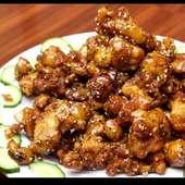 鶏肉とニンニクの黒胡椒炒め