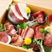 桜肉寿司、炙り寿司、馬肉6種盛り等『たてがみ会席』
