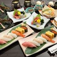 小鉢や刺身から始まり、自慢の寿司やデザートまで付いた大満足のコースです。予約なし・おひとり様でも楽しめる気軽さも魅力。飲み放題プラン(要予約)を追加でき、接待や会食にもオススメです。