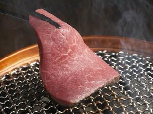 脂身と赤身のバランスが良く、ペロリと食せる「お肉」