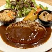 柔らかくジューシーな肉のおいしさが口いっぱいに広がる『ステーキ定食(160g)』