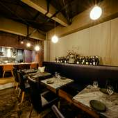 テーブル席は「ビストロ」。クオリティの高い料理をカジュアルに