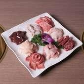 半個室テーブル席・個室座敷ございます。