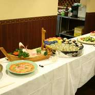 仲間とワイワイ、仕事の会食、歓送迎会、どんなスタイルでも可能です。 最大70名様まで収用可!