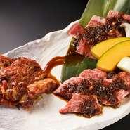 本日のおすすめ牛、牛ハラミ、半蔵カルビの盛り合わせ。一皿で3つの肉を食べ比べできる人気メニューです。