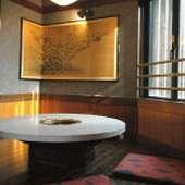 お座敷、小上がり席、テーブル席、宴会場各種完備