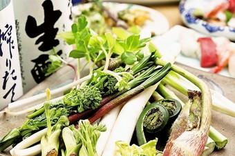 旬菜・海鮮が楽しめる、季節感にこだわったコースです。