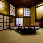 雪の結晶をイメージした六角形の茶室(個室・2名様~)