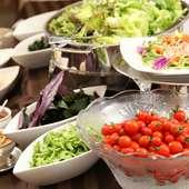 有機野菜を使用の旬の食材、その時期ならではの特選食材をお届け