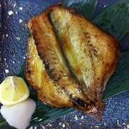 つぼ鯛・日高産ほっけ・宗八がれい 小樽現地仲買人が厳選したお勧め干物が楽しめます!