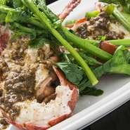 「野菜」にも「魚介類」にも、季節ごとのおいしさ、旬のものがあります。当店では、そのとき一番おいしいものをおいしい調理方法でお出ししています。だから、グランドメニューはご用意していないのです。