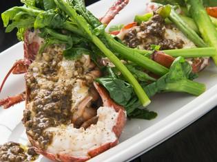 「野菜」や「魚介類」など、そのとき一番おいしいものを