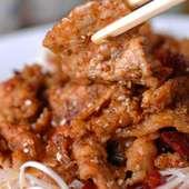 豚肉の自家製ピリ辛炒め